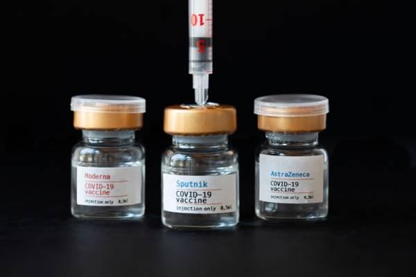Koronavírus végzett a koronavírus elleni oltást ellenző mozgalmárral