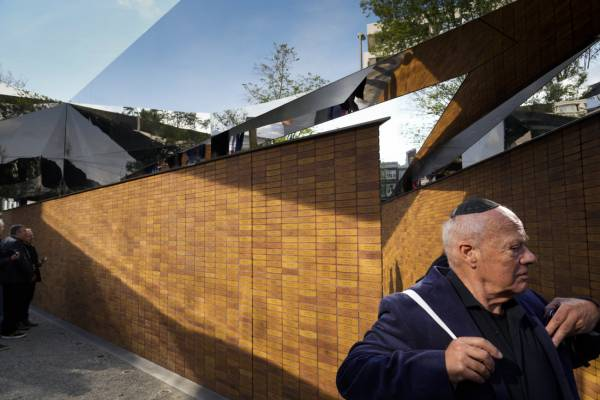 Vilmos Sándor király felavatta Hollandia első holokauszt-emlékművét