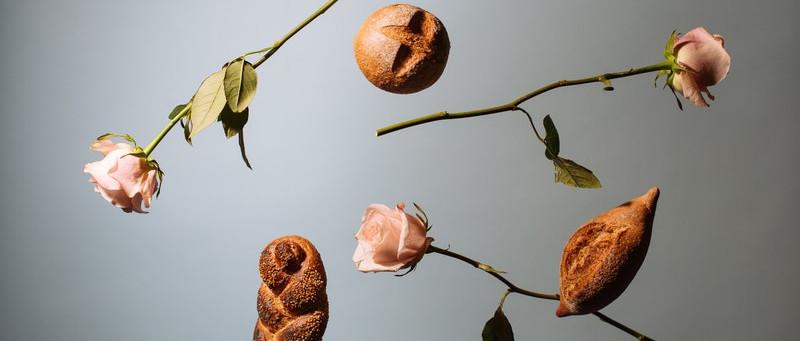 Kenyerek és rózsák: A zsidók és a nemzetközi nőnap
