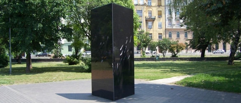 24 órás megemlékezést tartanak a roma holokauszt nemzetközi emléknapja alkalmából