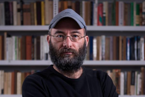 Kácsor Zsolt: Doktor Moll az agyonvert Szerb Antalt siratja