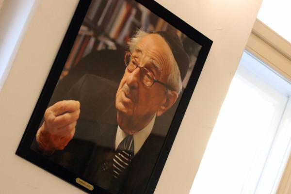 Átadták a Schweitzer-emlékdíjat Kövér Andrásnak