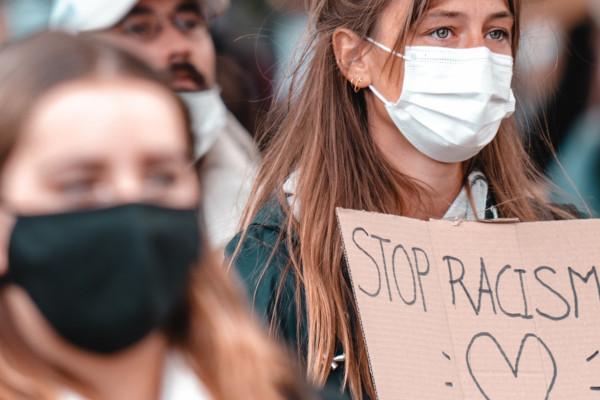 Jelentősen nőtt az antiszemita esetek száma Ausztriában
