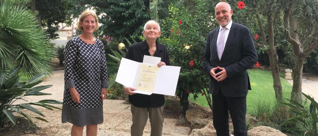 """Osztrák állampolgárság elüldözötteknek: egy 84 éves izraeli férfi az első """"visszatérő"""""""
