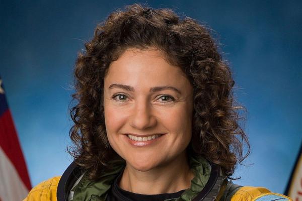 Újabb zsidó nő az űrben, egy arab űrhajós társaságában
