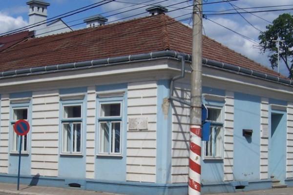 Klaus Johannis: az erdélyi zsidóság megsemmisítése népirtás volt