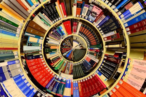 Beszélgetés írókkal – indul a BZSH irodalmi sorozata