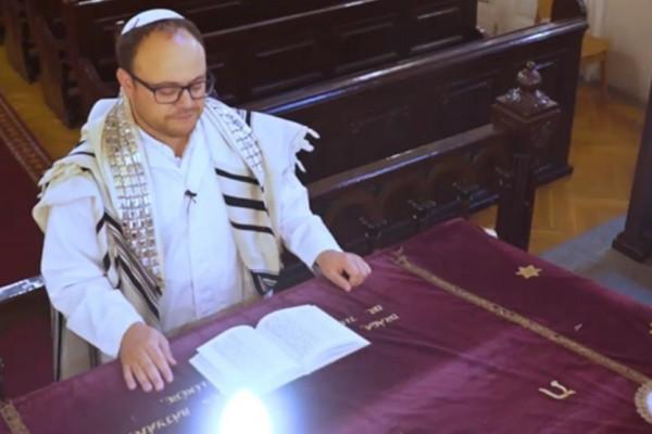 Imádságok Jom Kipur ünnepére Zucker Immánuel főkántorral