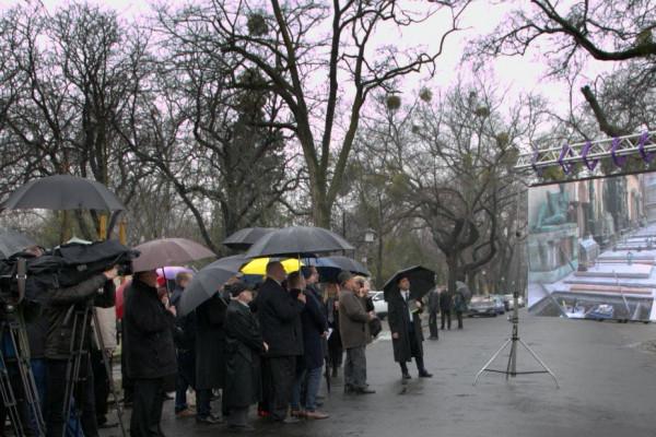 Elkészült a Salgótarjáni utcai zsidó temető rekonstruált fala Budapesten