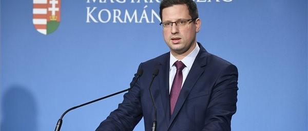 Koronavírus: a magyar kormány veszélyhelyzetet hirdetett