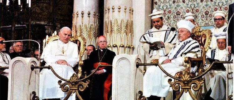 II. János Pál ma 35 éve tett történelmi látogatást a római zsinagógában