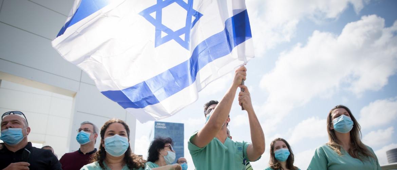 Lassult Izraelben a járvány terjedése
