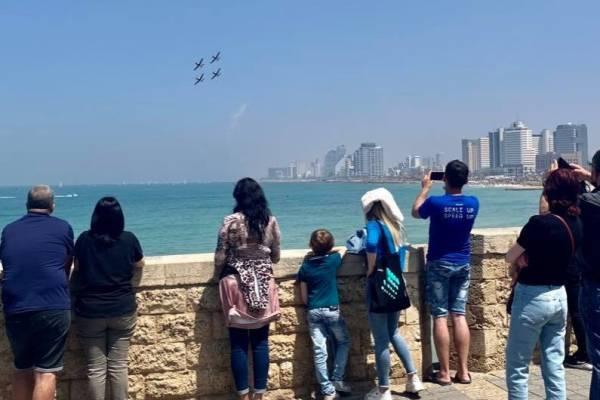 Izraeli képeslap – három ünnep, aprók képek, szimbólumok