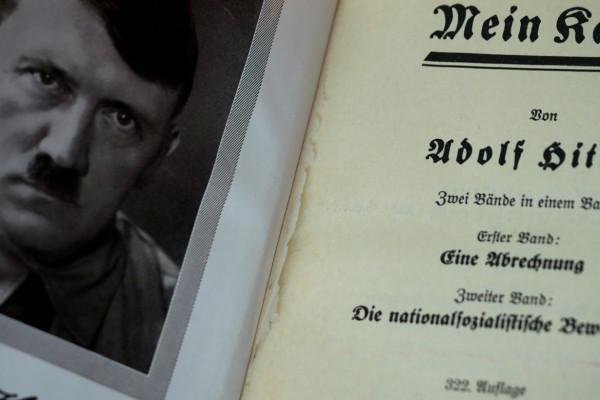 Betiltja a náci szerzők műveinek árusítását az Amazon