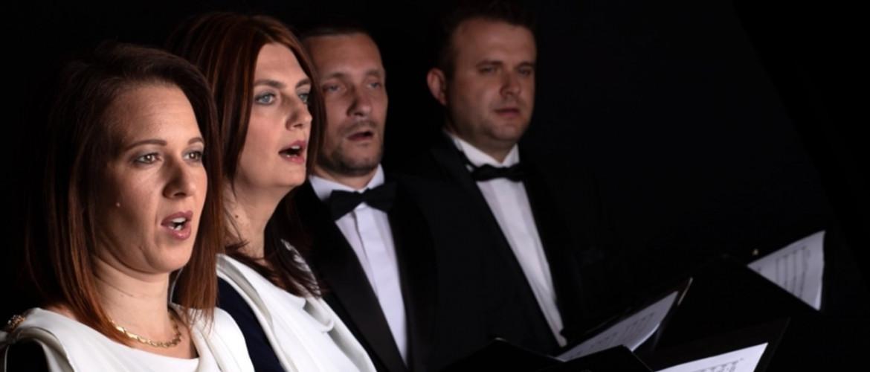 Versek varázsa, szavak szépsége – A Pásti utcai zsinagógában fel a Kodály kórus