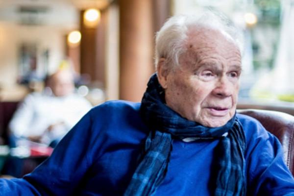 Ma 86 éves Harkányi Endre, egy kis barát és nagy színész