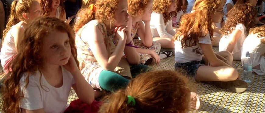 Még 3 napig elérhető a vörös hajú zsidó kislány története