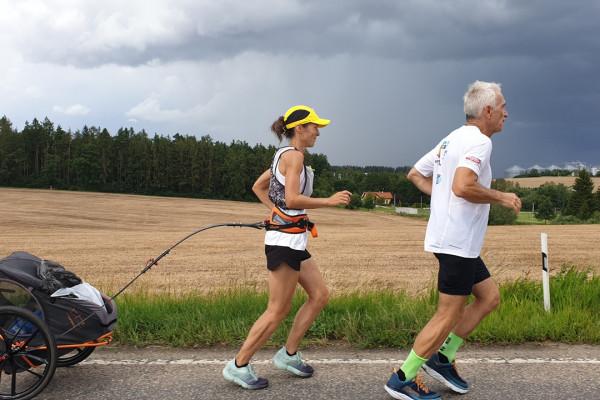 Hajdú Péter Prágából fut a budapesti Maccabira