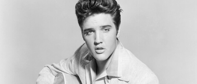 Éppen ma 65 éve, hogy színre lépett Elvis Presley, a rock zsidó Királya