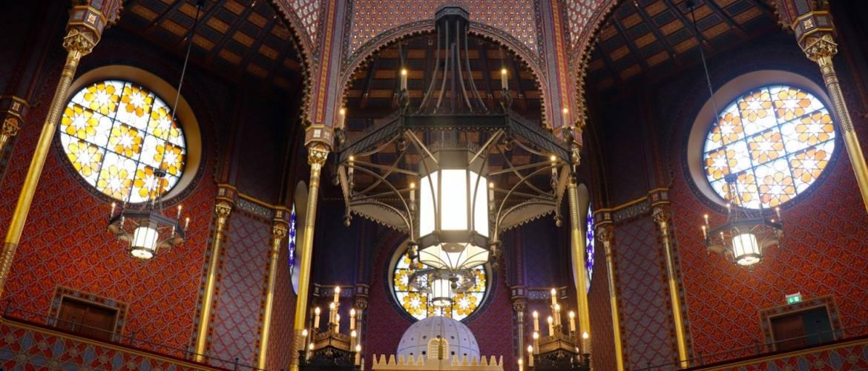 Beszerzési eljárás a Rumbach zsinagóga kávéházi és egyéb bútorai szállítására