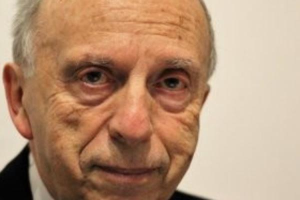 A szelíd gúny bölcsessége: Kardos Péter főrabbi 85. születésnapjára