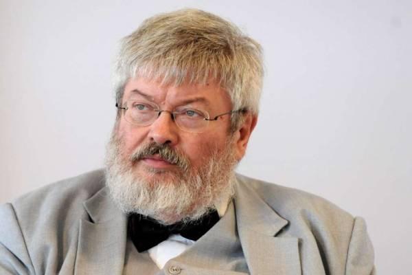 Egy nagy erdélyi költő: elhunyt Szőcs Géza
