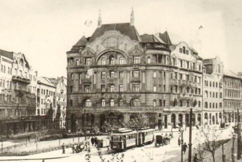 A budapesti kávéházak, mozik és mulatók hőskora