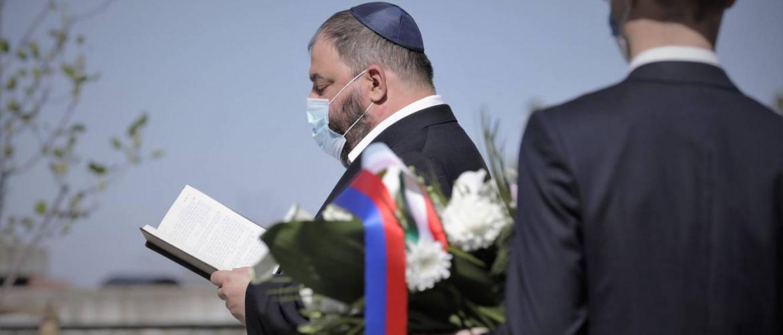 """Radnóti főrabbi Székesfehérváron: """"az emlékezés erőt ad"""""""
