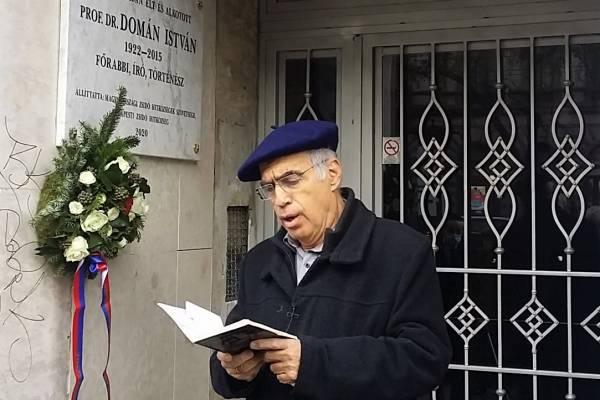 Emléktábla Domán István főrabbi tiszteletére