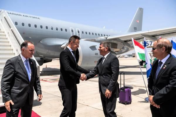 Szijjártó Tel-Avivban: Kiállunk izraeli barátaink mellett