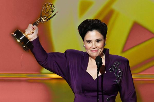 Alex Bornstein a zsidó nagyijának ajánlotta második Emmy-díját
