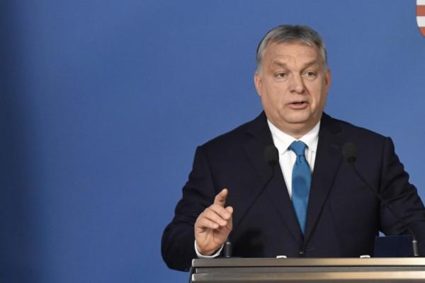 Orbán: Kísérje életüket béke, gyarapodás és áldás az új esztendőben