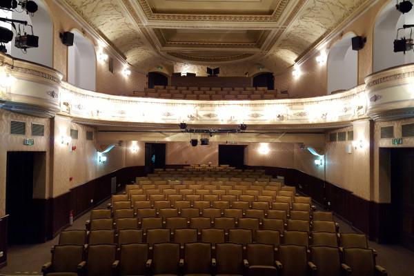 Nemzetiségi színházak találkozója az erdélyi Gyergyószentmiklóson