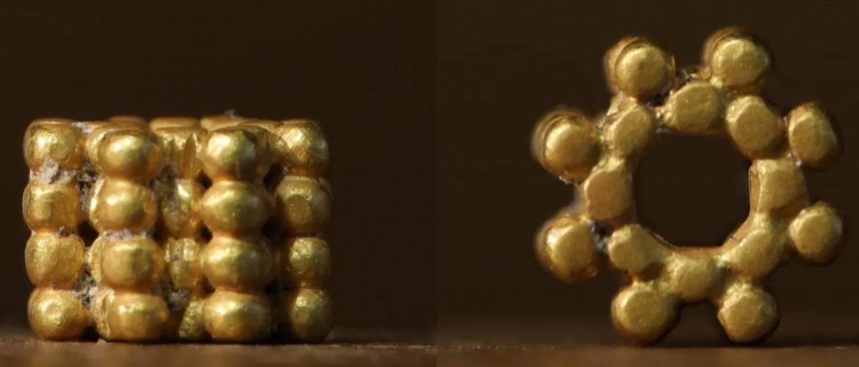 Izrael: 3000 éves aranygyöngyöt talált egy kisfiú Jeruzsálemben