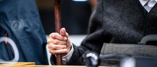 A vádlottak padján a 93 éves, egykori SS-katona, akit tömeggyilkossággal gyanúsítanak