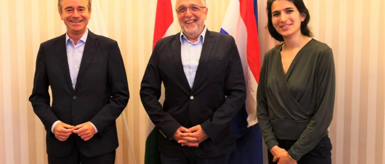 Hollandia nagykövetének látogatása a Mazsihisznél