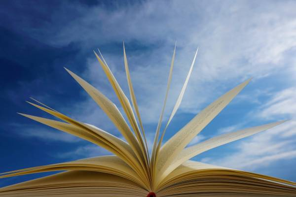 Megjelent a Múlt és Jövő legújabb, ünnepi száma 256 oldalon