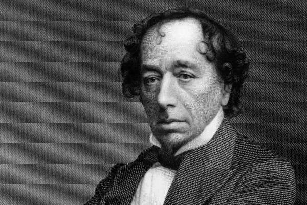 E napon született Benjamin Disraeli, Anglia egyetlen zsidó kormányfője