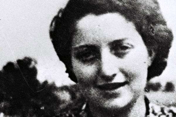Az idén 100 éve született Szenes Hannára emlékezünk filmvetítéssel