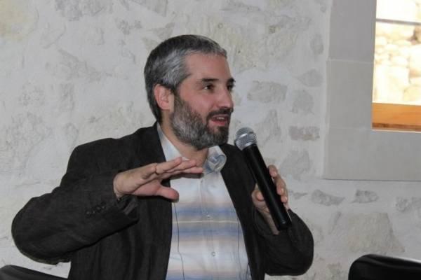 """Mai magyar zsidóság: felekezet vagy ,,egyház""""?"""