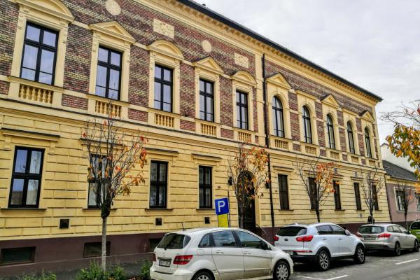 Hasznos tipp: ha Debrecenben járnak, aludjanak a hitközségnél