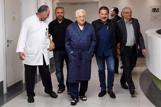 Izraeli orvosok mentették meg Mahmúd Abbász palesztin elnök életét