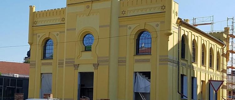 Még nem tudni, mikor nyit a berettyóújfalui zsinagóga állandó tárlata