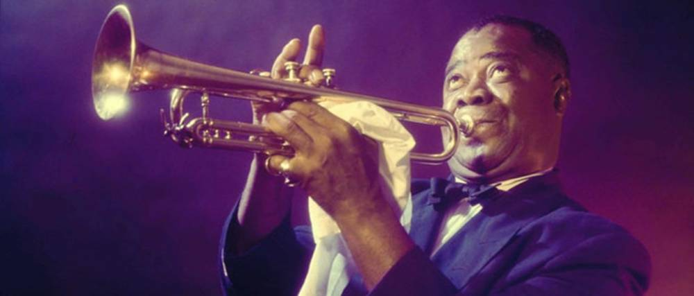 120 éve született Louis Armstrong – aki megtanult jiddisül és Dávid-csillagot hordott a nyakában | Mazsihisz
