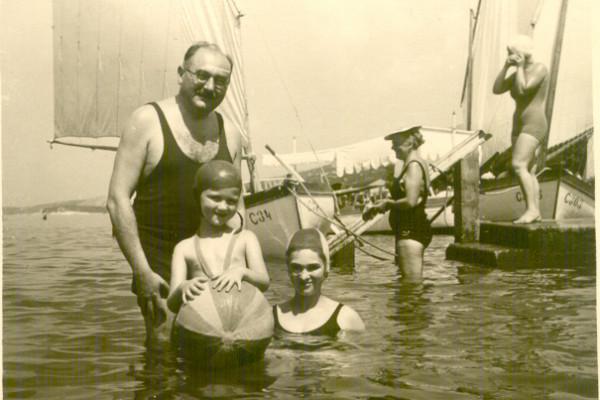 A hét műtárgya: Babuka strandol, avagy az életmódok története