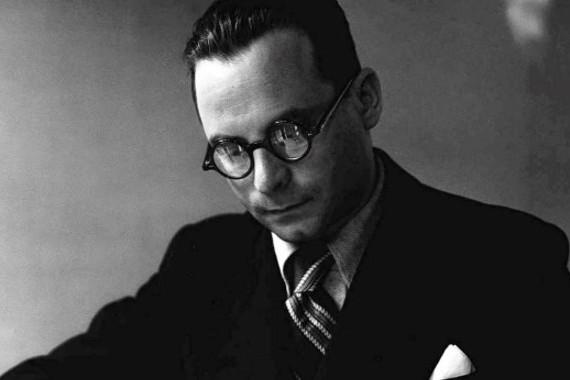 74 évvel ezelőtt az auschwitzi haláltábor felszabadításának napján verték halálra Szerb Antal magyar írót