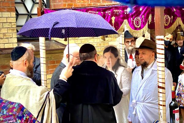 Végre esküvő volt a Dohány utcai zsinagógában