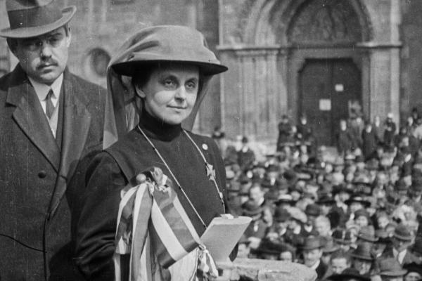 Igazi kincs: több mint 100 éves filmfelvétel került elő Slachta Margitról