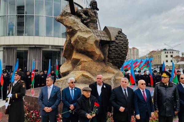 A moszlim világban először: zsidó nemzeti hősnek emelt szobrot Azerbajdzsán