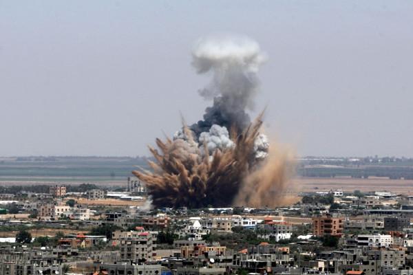 Izraeli légicsapás a Hamász táboraira és kikötőjére
